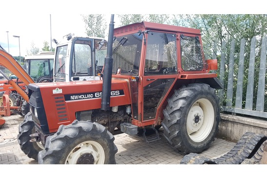NEW HOLLAND 65-66 S